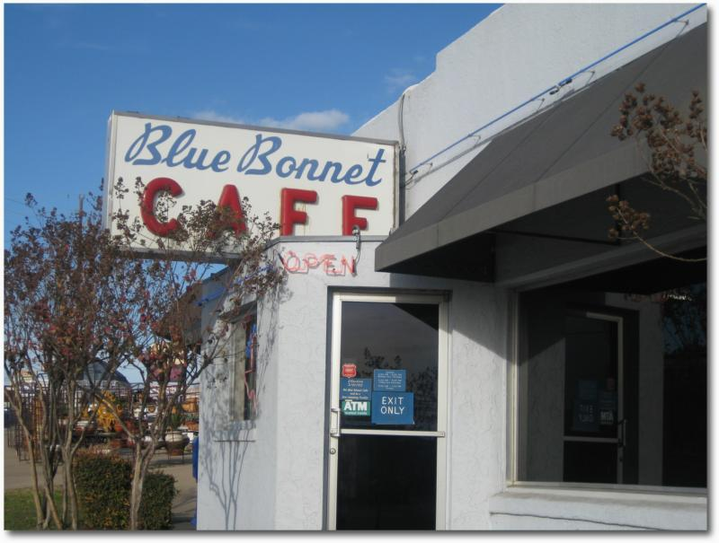 A great place to eat while enjoying your Lake LBJ real estate