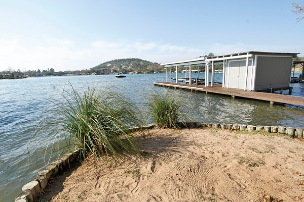 If You Are In The Market For Sunrise Beach Real Estate Look No Further Then This Perfect Waterfront Cabin On Lake Lbj 2 Bedroom 1 Bath Sits