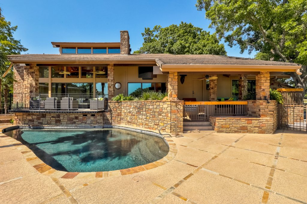Lake LBJ real estate, horseshoe bay real estate
