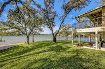 Best of Lake LBJ – 3210 Packsaddle